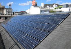 個人宅に設置した太陽光パネル